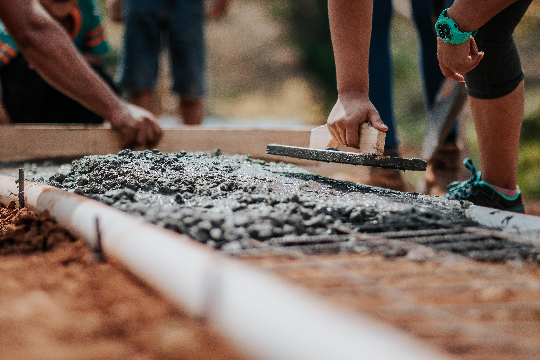 beton spękany i niespękany